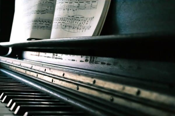 Piano sheet music for adult beginners